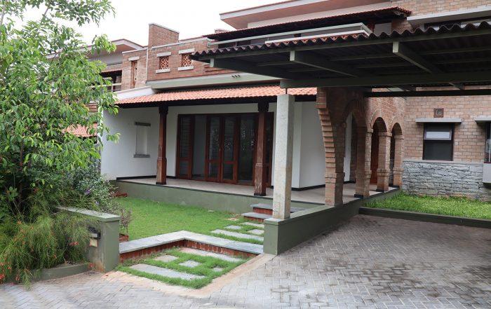 Villa Malhar Medley